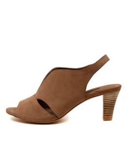 THYME Heeled Sandals in Nude Leather