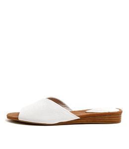 NOON Flat Sandals in White Leather