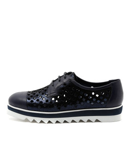 OCALIZ Lace-up Sneakers in Navy Shine Leather
