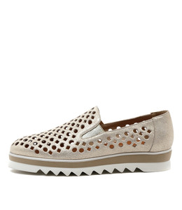OLINDYS Flatform Loafers in Pale Gold Shine Leather