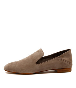 SASSO Flat Loafers in Taupe Suede