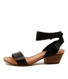 CLARISE Mid Heeled Sandals in Black Leather