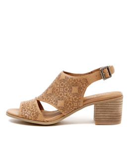 DONDI Mid Heeled Sandals in Camel Leather