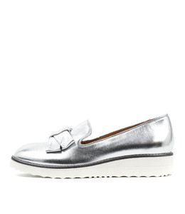 OCLEG Flatform Loafers in Silver Leather