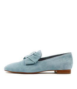 SAVVY Flat Loafers in Pale Blue Suede