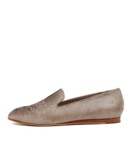 GOODIE Flat Slip-on's in Taupe Leather