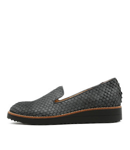 OLUS Flatforms in Charcoal Cut Leather