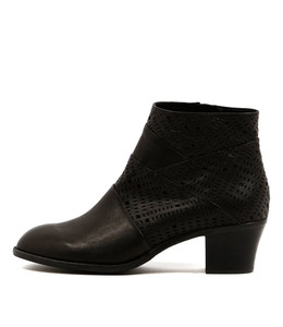 ICANT ANkle Boots in Black Leather