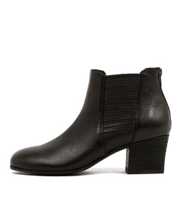 BEAUTY Ankle Boots in Black Leather