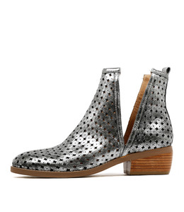OBJECTIVE Ankle Boots in Silver Leather