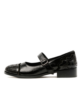 CAMPION Flats in Black/ Black Shine Leather