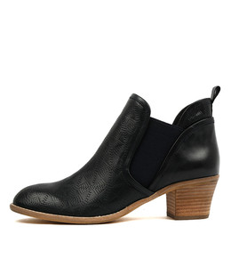 ITCHA Ankle Boots in Navy Leather