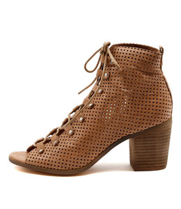 GRIGIO Lace-up Booties in Camel Punched Leather