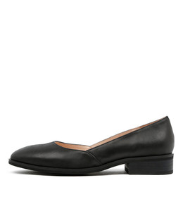 YACHT Flats in Black Leather
