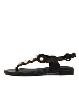 LORA Sandals in Black Leather