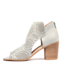 GETIT Heeled Booties in Pale Blue Leather