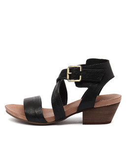 CHILLY Heeled Sandals in Black Leather