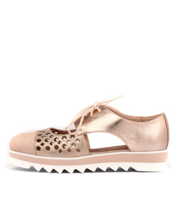 ODDBOD Lace-up Flatforms in Nude/ Rose Gold Leather