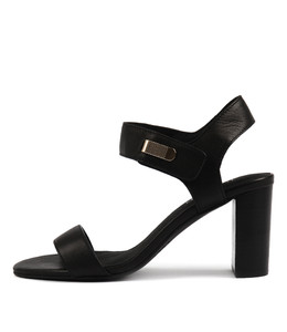 TUNO Heeled Sandals in Black Leather