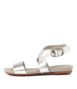 CONNECT Sandals in Silver Leather
