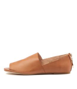 MORSEL Flats in Dark Tan Leather