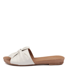 CAND Sandals in White Leather