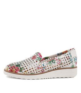 OSTA Flatforms in White Floral Leather