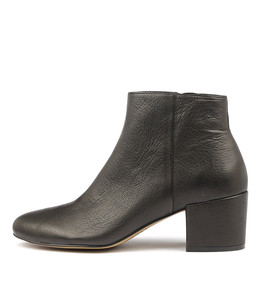 PAULOS Ankle Boots in Black Leather
