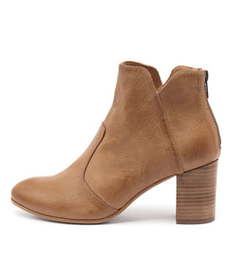 UPCLIMB Ankle Boots in Dark Tan Leather