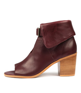 GAYLE Heeled Ankle Boots in Burgundy Leather