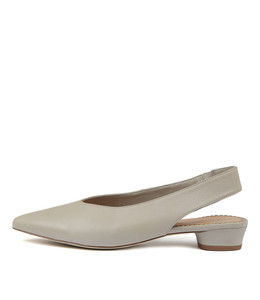 SHENA Flats in Misty Leather