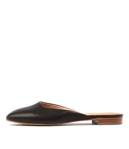 SERVANT Flats in Black Leather