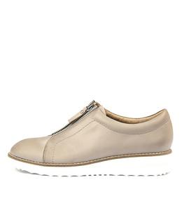 OSKARS Flatforms in Donkey Leather