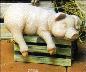"Pig Shelf Sleeper 8""L**"
