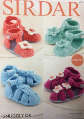 Sirdar Snuggly DK baby  shoes crochet pattern 4752