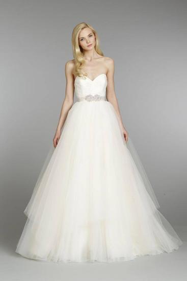 To The Nines Designer Wedding Dresses Stoke Newcastle Staffordshire
