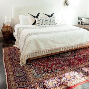 Traditional Red Persian Kashan Rug