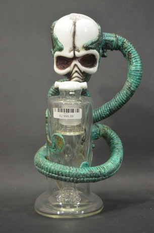 11 in. Ghost Sculpted Skull Bubbler