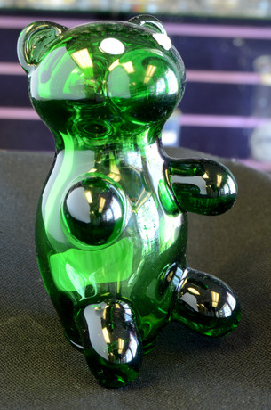 3.5 inch Crush Glass Gummy Bear Pipe- Green