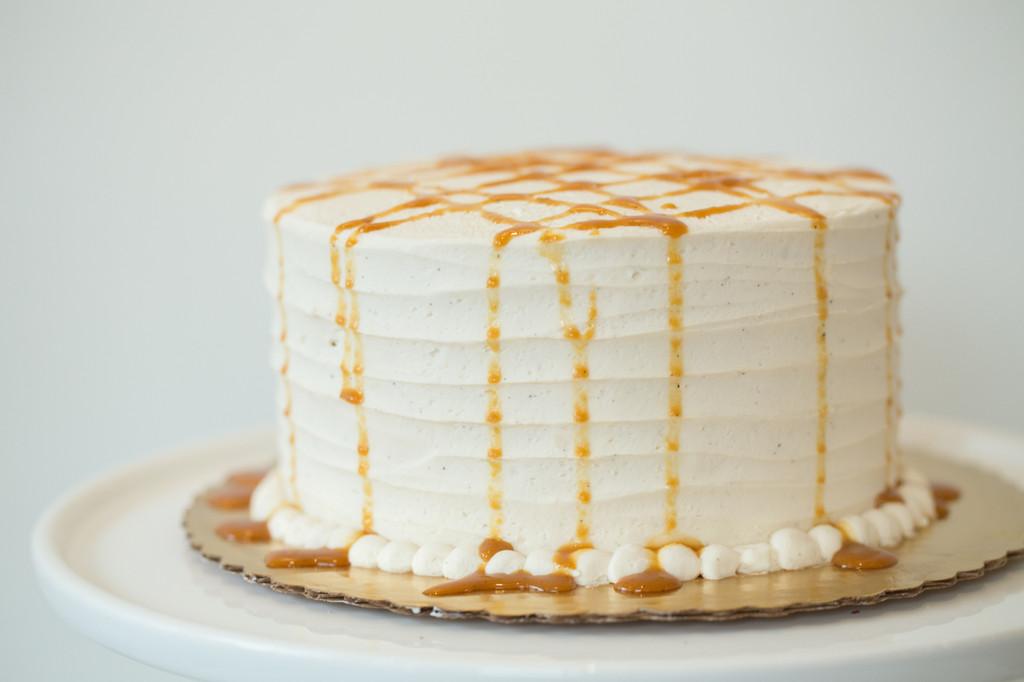 Vanilla Bean Caramel Baked Cake