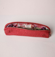 Mulholland Pouch Cherry Red