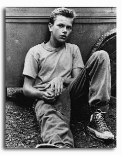 (SS154310) River Phoenix  Stand by Me Movie Photo