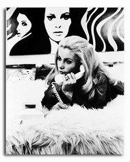 (SS203359) Catherine Deneuve  Hustle Movie Photo