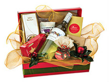 Petite Christmas Hamper with Wine