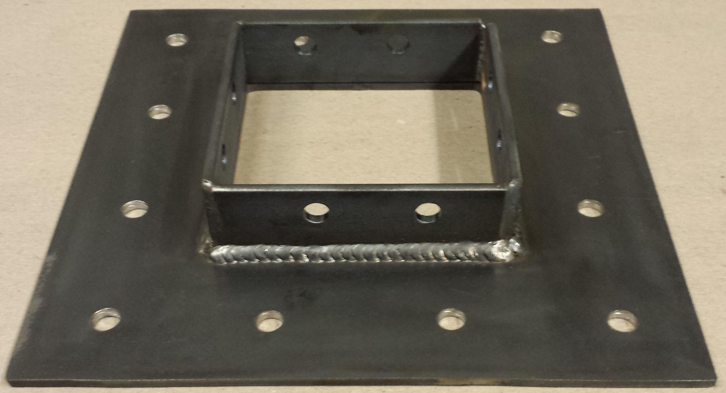 4-sided-post-bracket-1.jpg