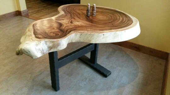 custom-steel-table-base.jpg