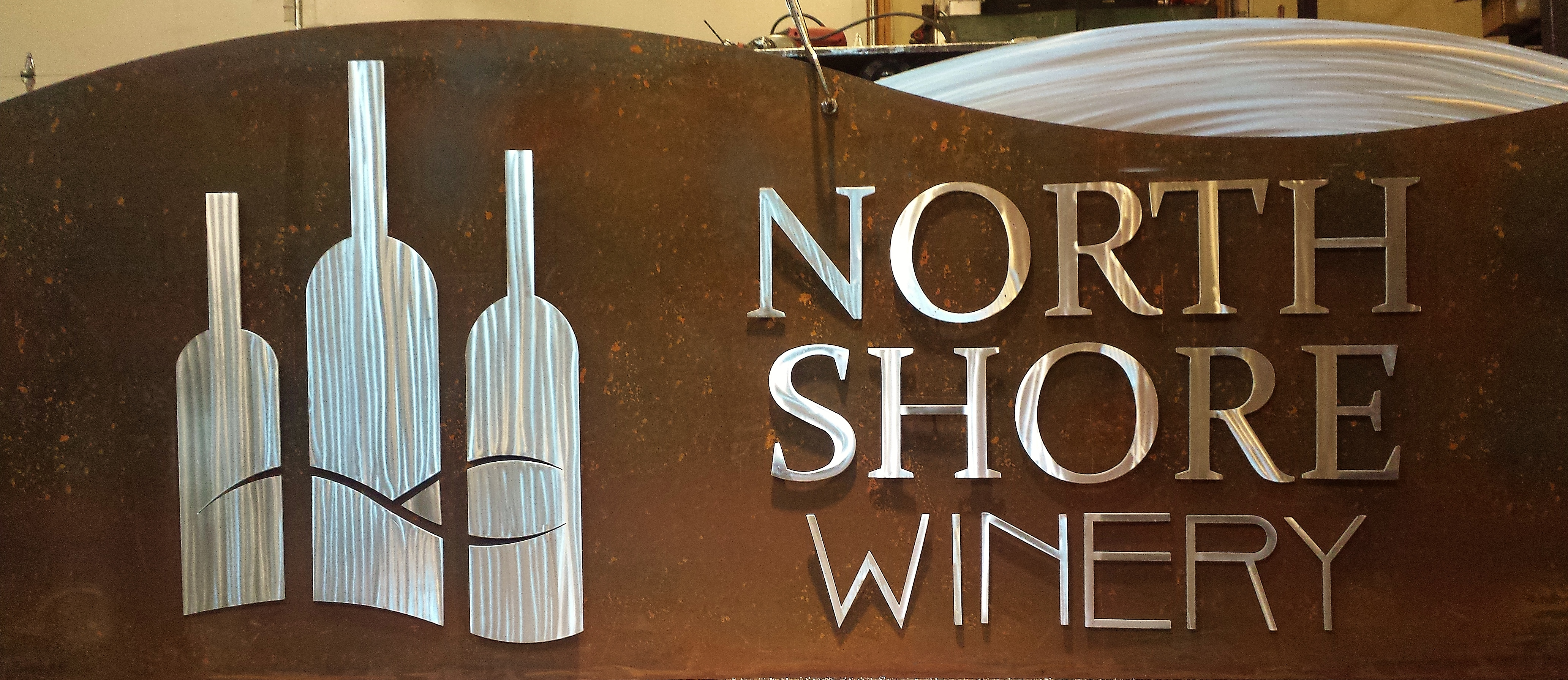north-shore-winery-sign-1.jpg