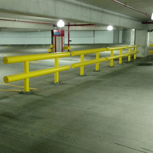 Heavy Duty Guardrail Used In Parking Garage