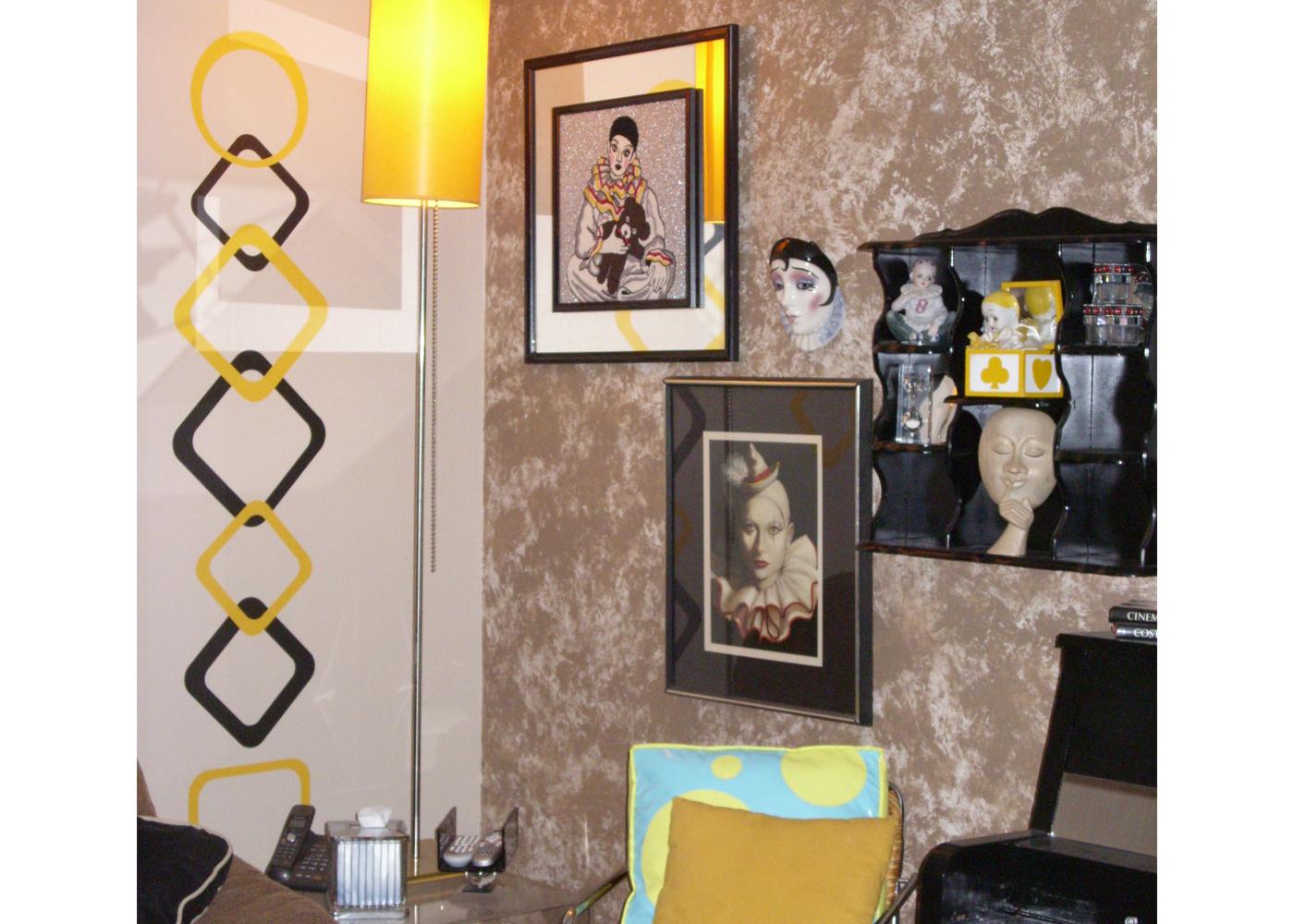 christine-koontz-vinyl-funky-square-decals-for-home-decor.jpg