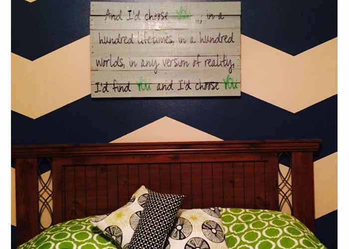 custom-wall-decal-for-anniversary-love-quote-on-palletsextension-pg.jpg